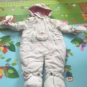 Fourcast snowsuit